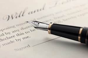 Fountain pen to sign a will